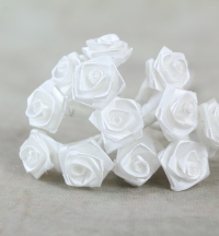 Small Ribbon Roses