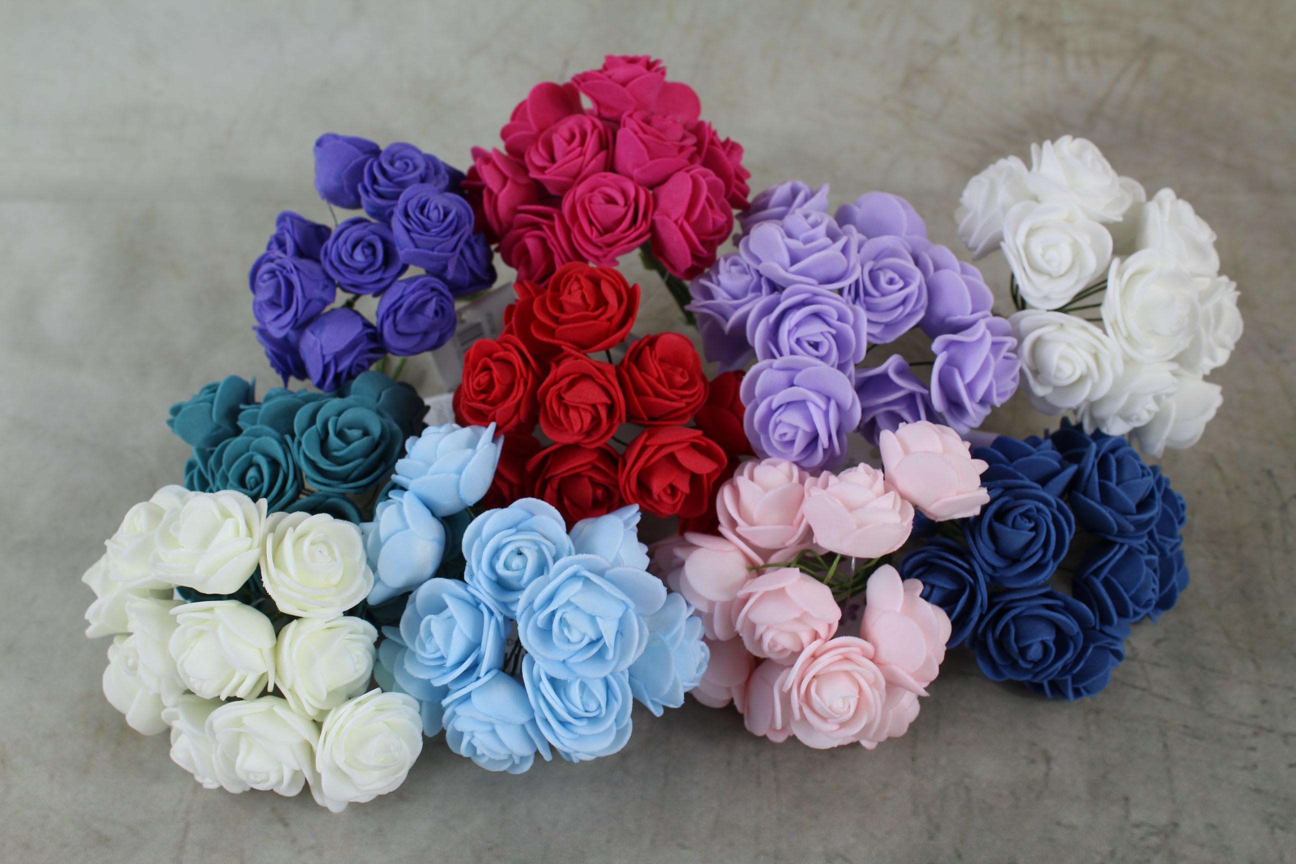 12 x 2.5cm Foam Roses