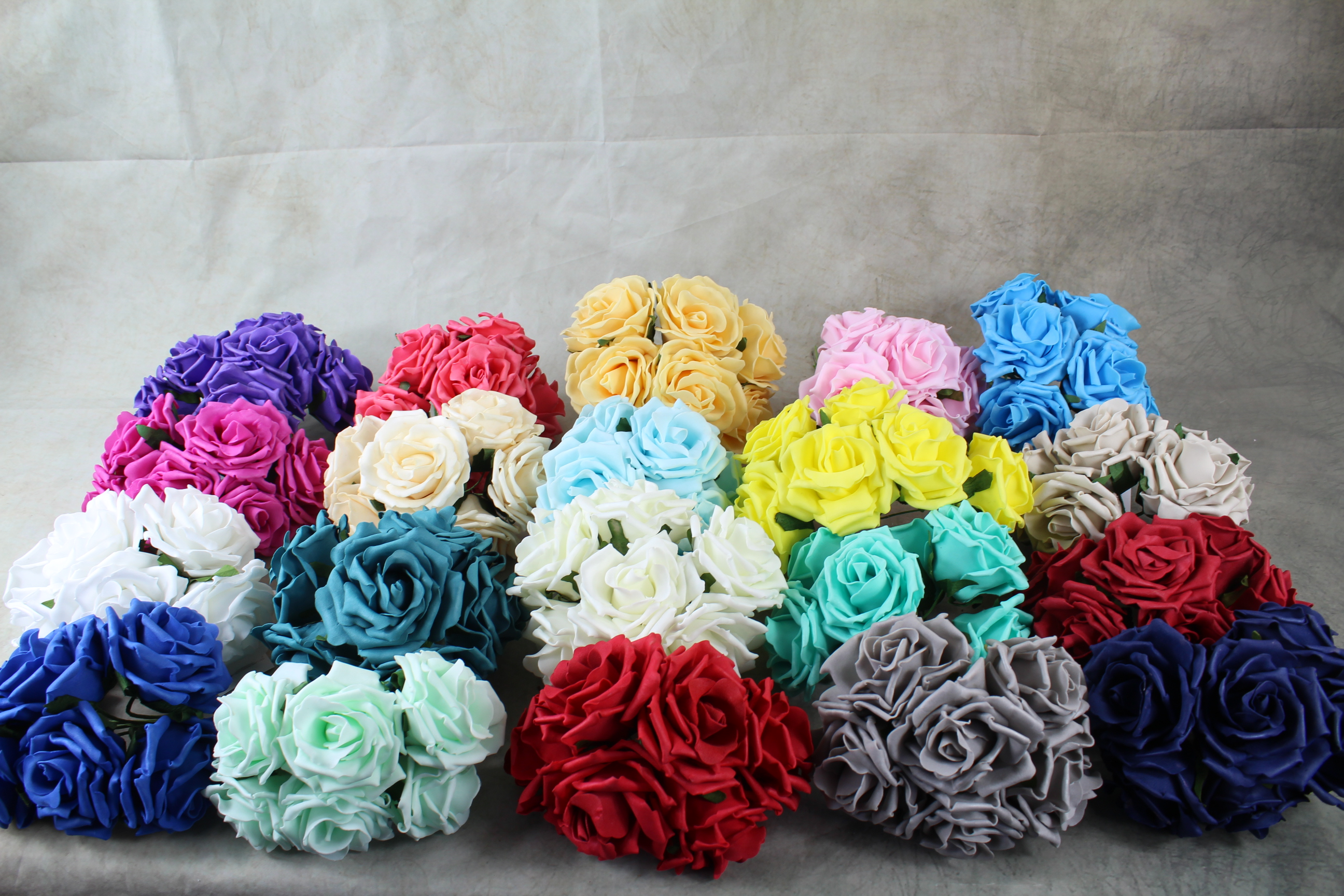 12 x 9cm Colourfast Curly Foam Roses