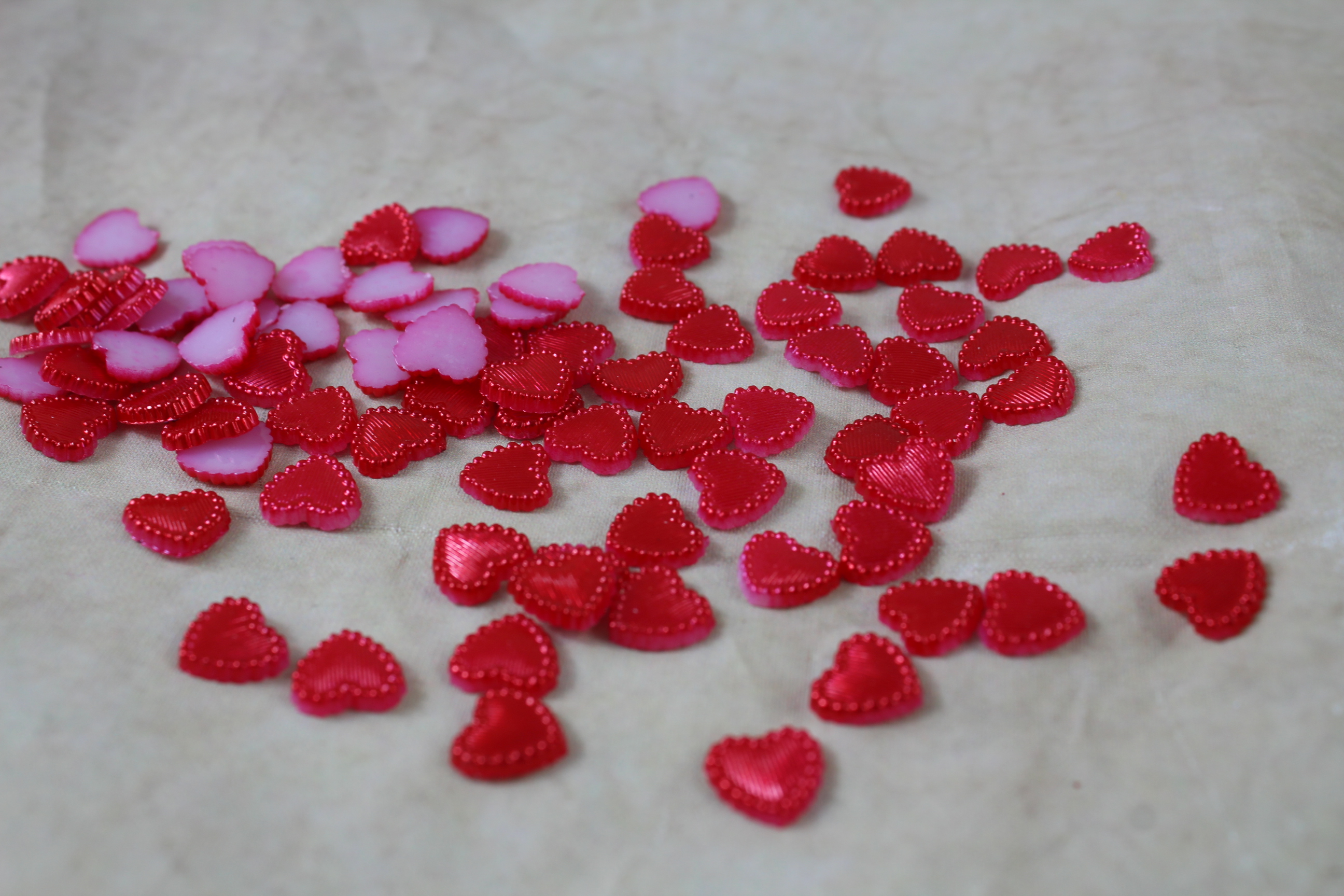 10mm Fabricated Scatter Hearts - BUY 3 PACKETS FOR THE PRICE OF 2!