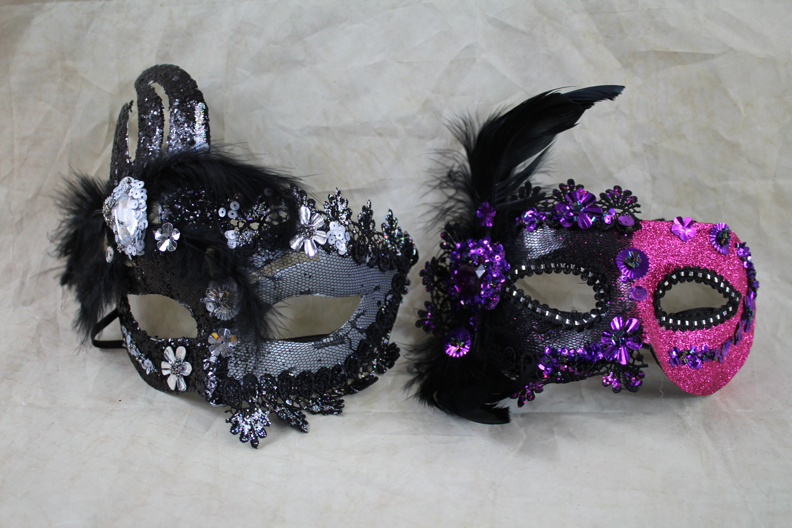 2 x feather party masks FREE MASK PER PURCHASE
