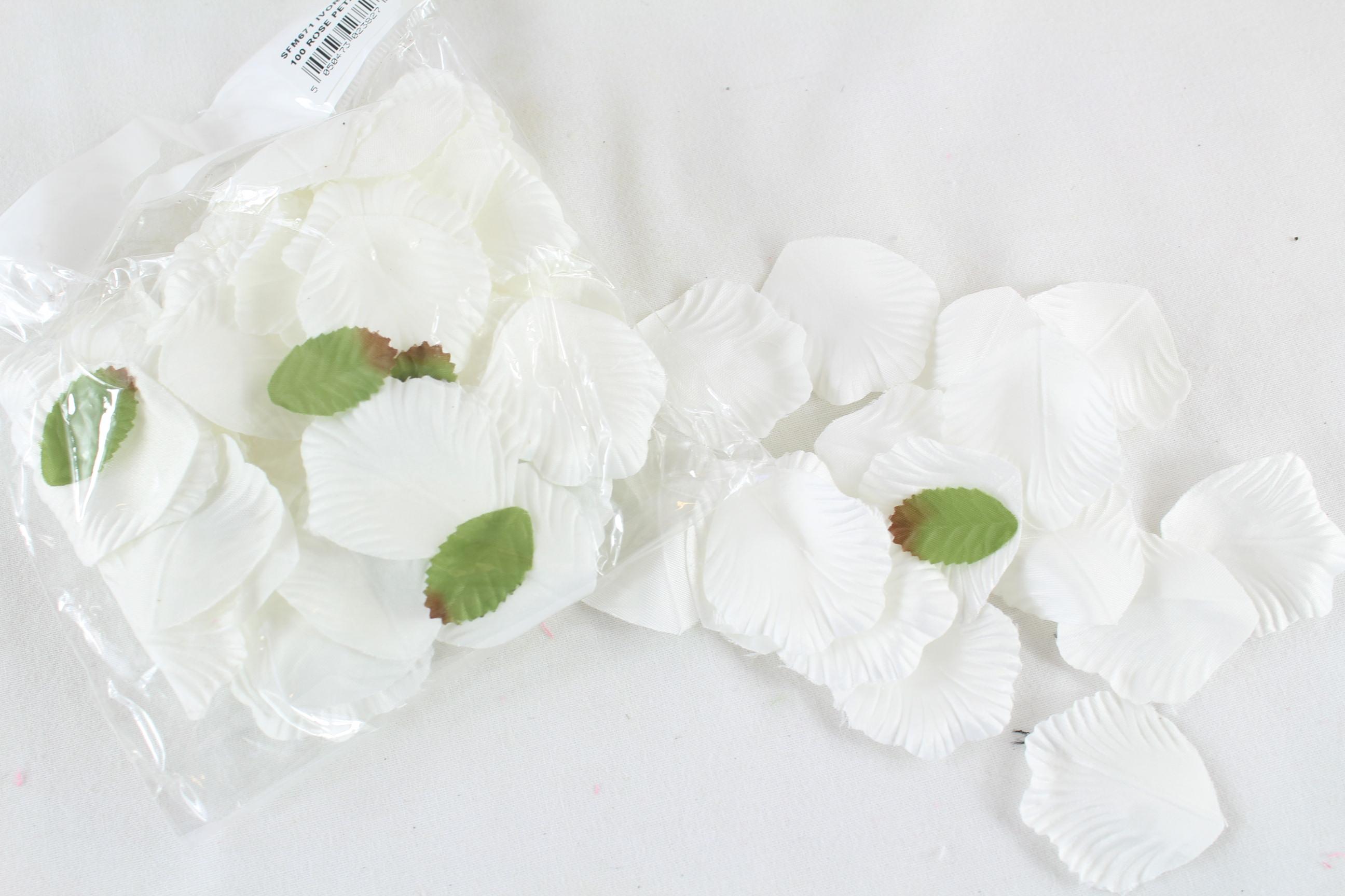 1200 Rose Petals