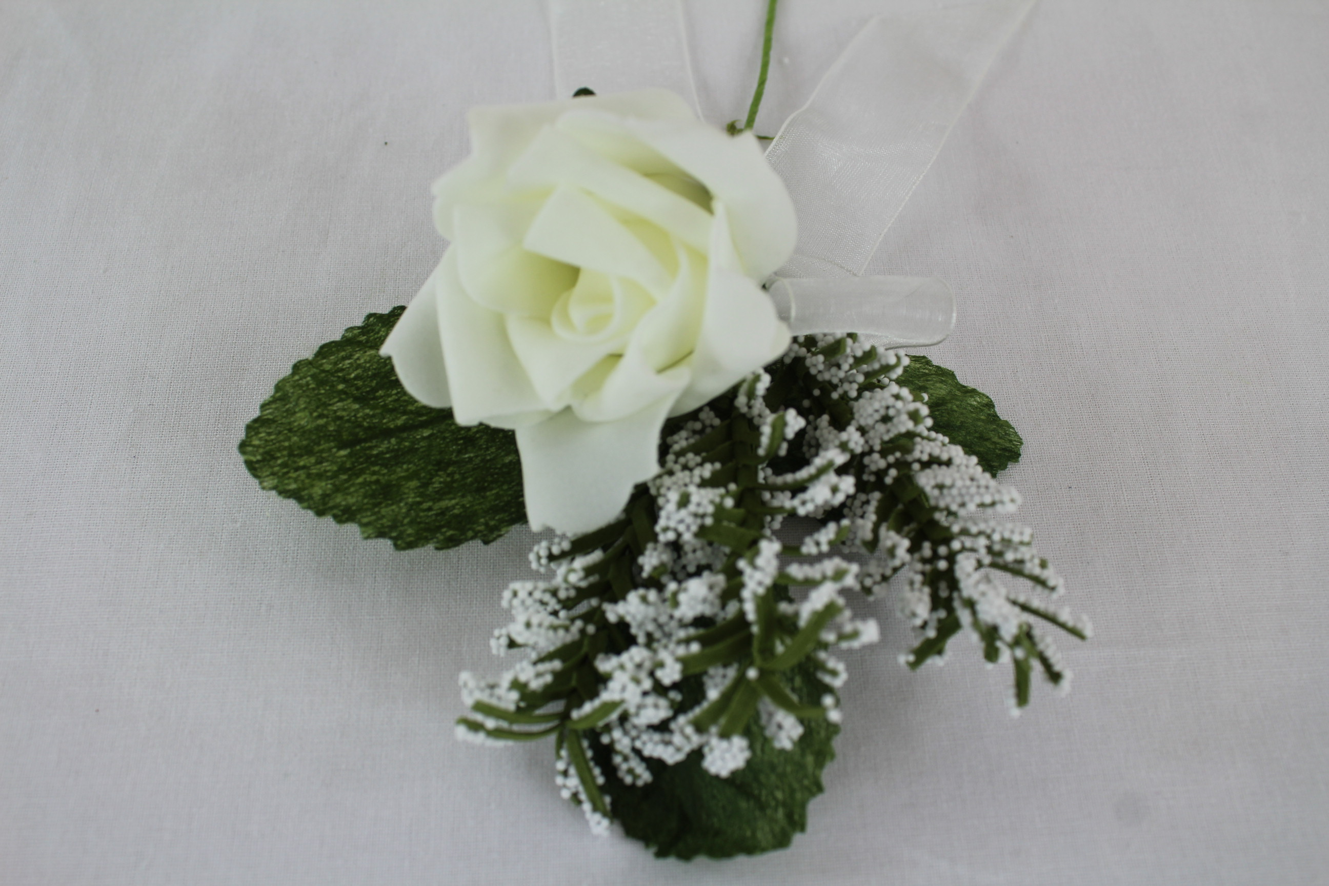 Single 5cm Rose With Gypsophila And Ribbon Bow Corsage